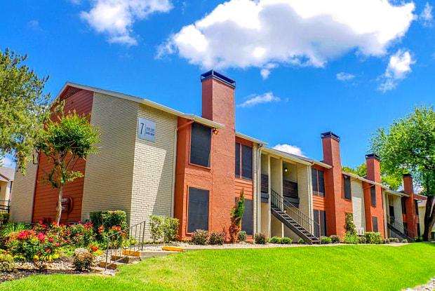 Hidden Oaks - 9236 Church Rd, Dallas, TX 75231
