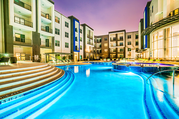 Maple District Lofts - 5415 Maple Ave, Dallas, TX 75235