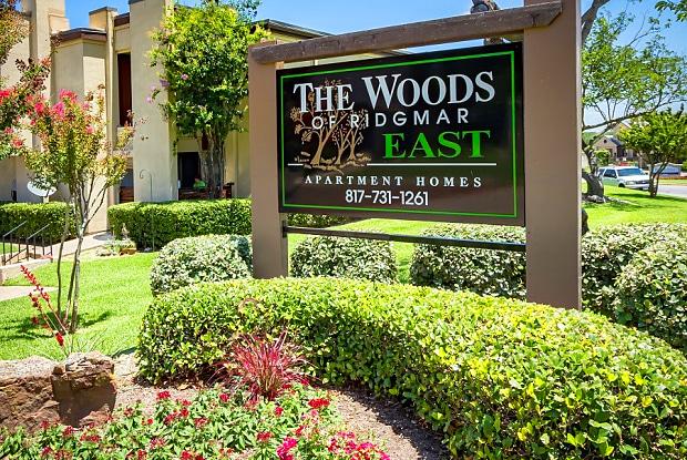 Woods of Ridgmar - 2200 Taxco Rd, Fort Worth, TX 76116