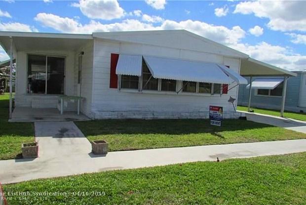 124 NW 53rd St - 124 Northwest 53rd Street, Deerfield Beach, FL 33064