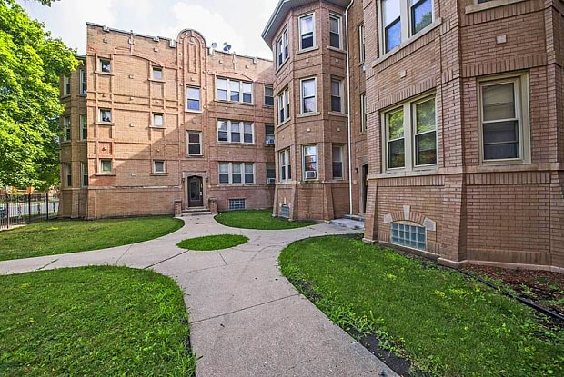 647 N Mayfield Ave - 647 N Mayfield Ave, Chicago, IL 60644