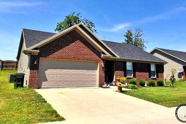 107 Lake Forest Drive - 107 Lake Forest Drive, Georgetown, KY 40324