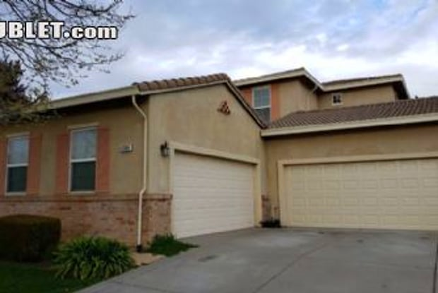 4304 Crown Bench Cir - 4304 Crown Bench Circle, Elk Grove, CA 95757