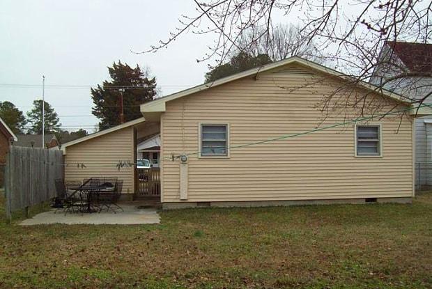 1203 Carolina Avenue - 1203 Carolina Street, Roanoke Rapids, NC 27870