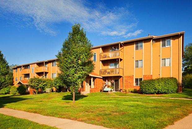 Glen Oaks by Broadmoor - 3800 Glen Oaks Blvd, Sioux City, IA 51104