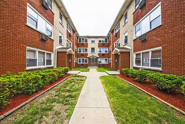 14123 S Tracy Ave - 14123 S Tracy Ave, Riverdale, IL 60827