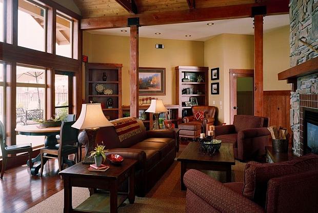 Lodges at Lake Salish - 20699 NE Glisan St, Fairview, OR 97030