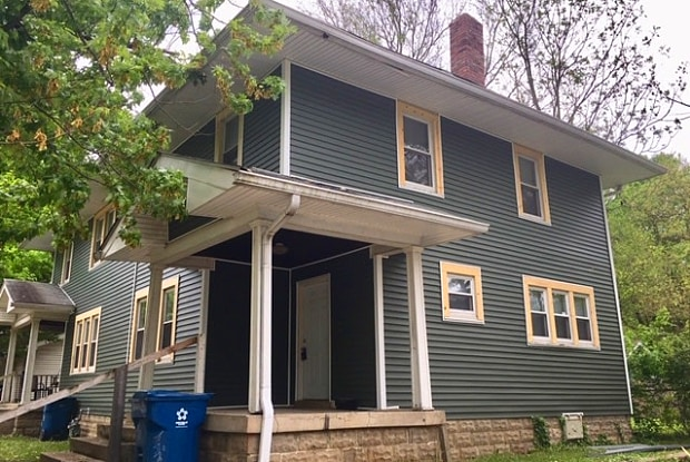 913 East 49th Street - 913 East 49th Street, Indianapolis, IN 46205