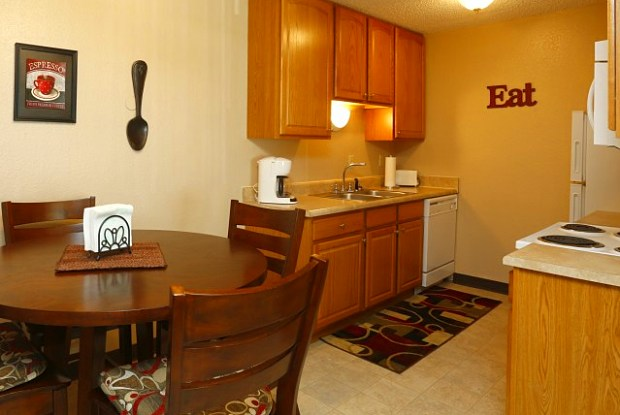 Mountain View Apartments - 2404 Foothills Blvd, Gillette, WY 82716