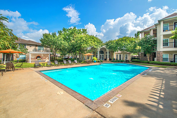 Westchase Forest - 11355 Richmond Ave, Houston, TX 77082