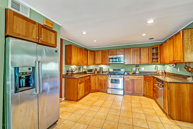 433 Monmouth Place - 433 Monmouth Place, Long Branch, NJ 07740
