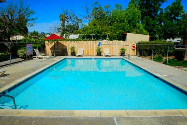 Washington Village - 668 W Washington Ave, El Cajon, CA 92020