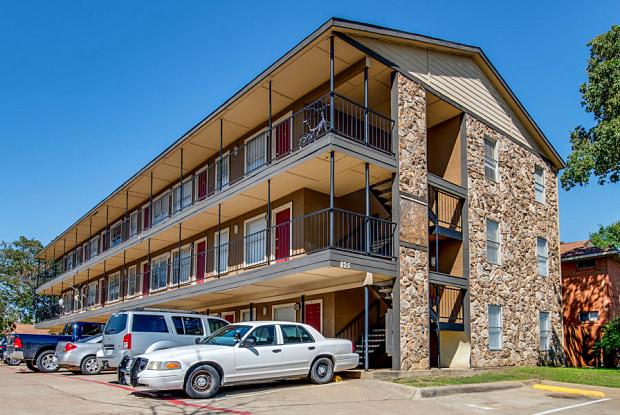 825 N Ewing - 825 North Ewing Avenue, Dallas, TX 75203