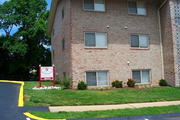 Rosedale Gardens - 6709 Havenoak Rd, Rosedale, MD 21237