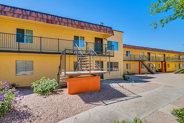 19 APTS   4802 N 19th Ave, Phoenix, AZ 85015