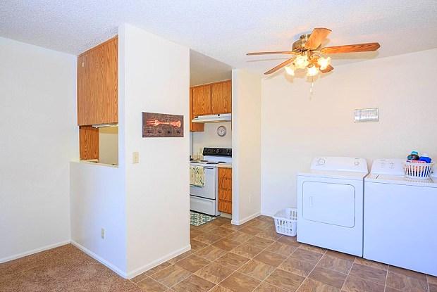 Edgewater - 102 S 4th Ave, Avondale, AZ 85323