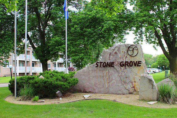 Stone Grove - 2525 Williams Dr, Burnsville, MN 55337