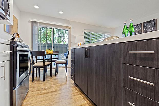The Franciscan Apartments - 601 Almarida Dr, Campbell, CA 95008