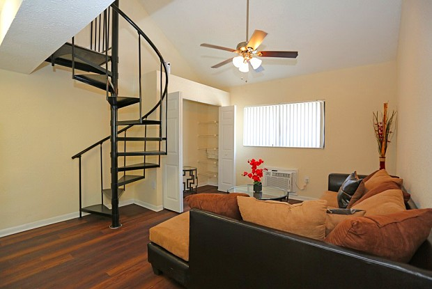 Tzadik Oaks - 1250 E 113th Ave, Tampa, FL 33612