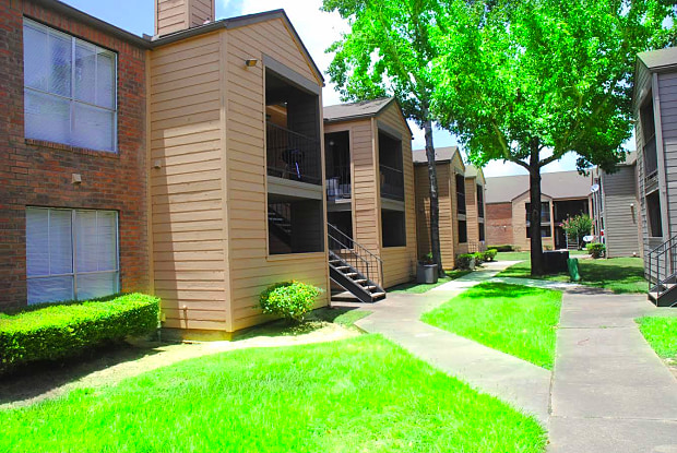 Nichols Square Apartments - 2901 Hamman Rd, Bay City, TX 77414