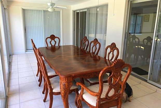 3326 SE 16th PL - 3326 Southeast 16th Place, Cape Coral, FL 33904