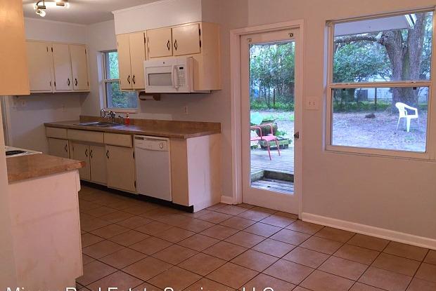 620 NW 36th Street @ - 620 Northwest 36th Street, Gainesville, FL 32607