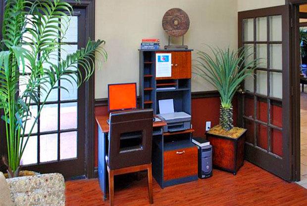Newport Apartments - 3800 Perrin Central Blvd, San Antonio, TX 78217