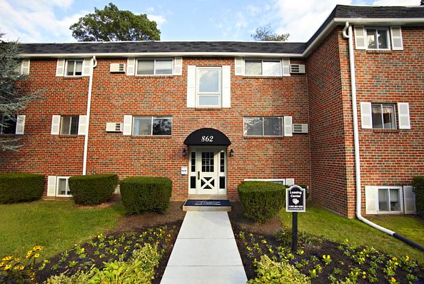 Highland Manor - 850 E Schuylkill Rd, Pottstown, PA 19465