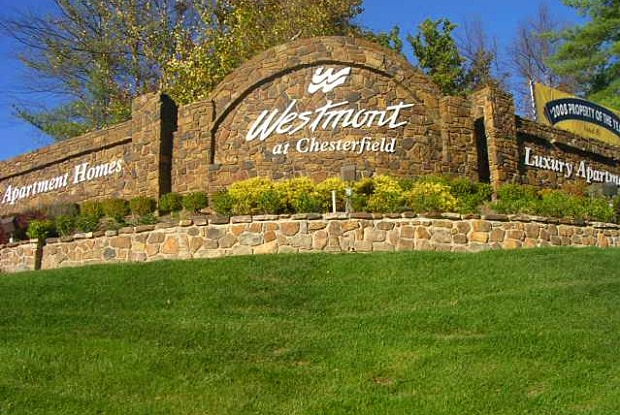 Westmont at Chesterfield - 1570 Westmeade Dr, Chesterfield, MO 63017