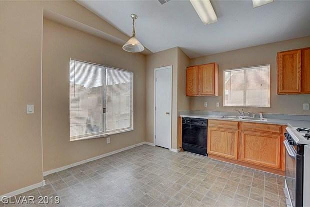 5951 TRICKLING DESCENT Street - 5951 Trickling Descent Street, Whitney, NV 89011