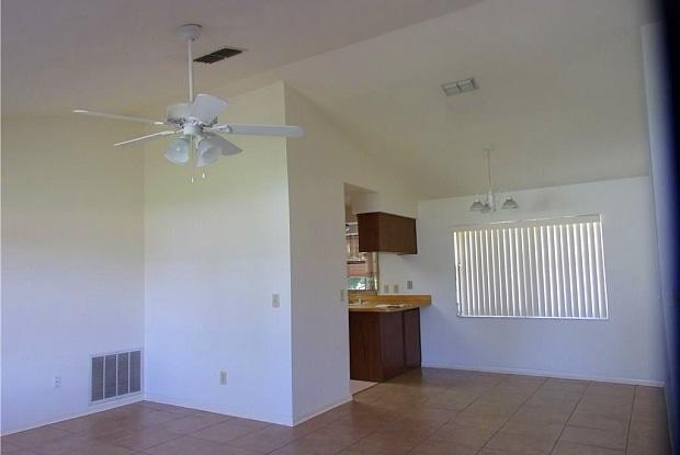 256 W Valerian Place - 256 West Valerian Place, Beverly Hills, FL 34465