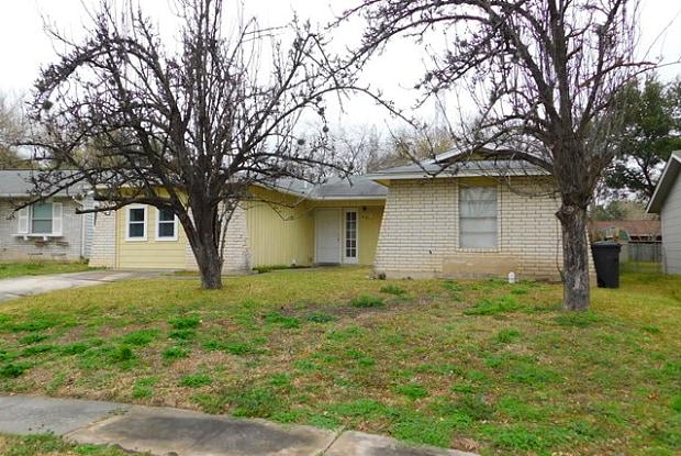 4911 LONGFELLOW BLVD - 4911 Longfellow Boulevard, San Antonio, TX 78217