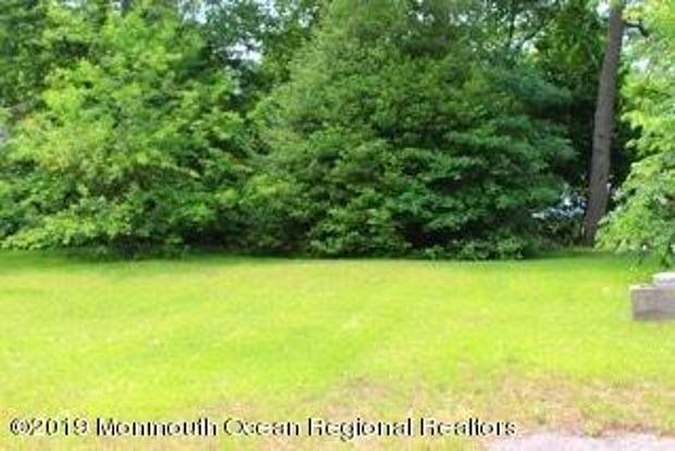 56 Lakeview Drive - 56 Lakeview Drive, South Toms River, NJ 08757
