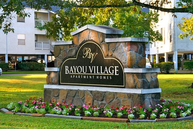 Bayou Village - 110 Deats Rd, Dickinson, TX 77539