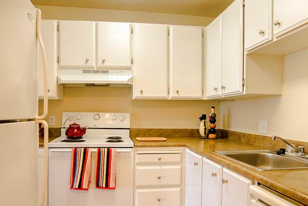 Watercrest Apartments - 14812 Bothell Way NE, Lake Forest Park, WA 98155