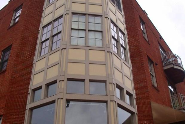 Village Center Apartments - 1700 21st Ave S, Nashville, TN 37212