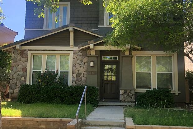 4428 N Sycamore Dr - 4428 North Sycamore Drive, Buckeye, AZ 85396