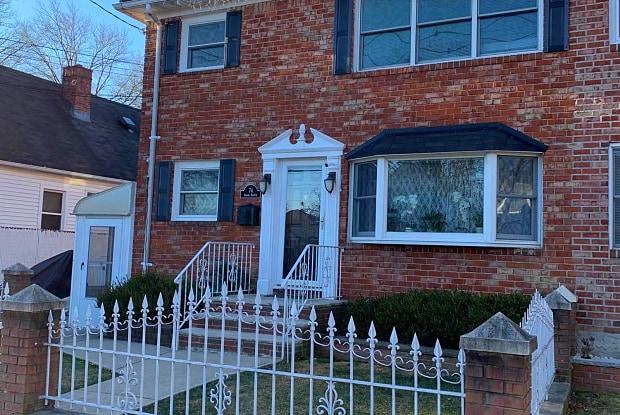74 Adams Avenue - 74 Adams Avenue, Staten Island, NY 10306