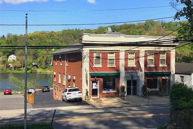 41 Main St - 41 Main Street, Roslyn, NY 11576