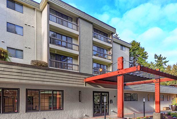 Park 3025 - 3025 NE 1375 St, Seattle, WA 98125