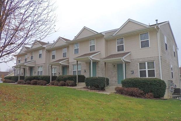 1007 Scott Park Drive - 1007 Scott Park Drive, Iowa City, IA 52245