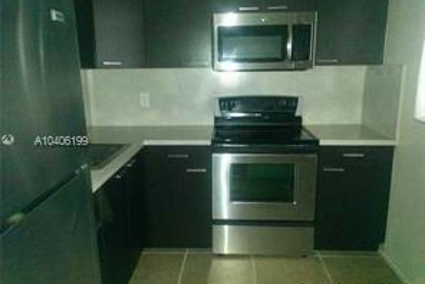 15600 Northwest 7th Avenue - 1, unit 507 - 15600 NW 7th Ave, Golden Glades, FL 33167