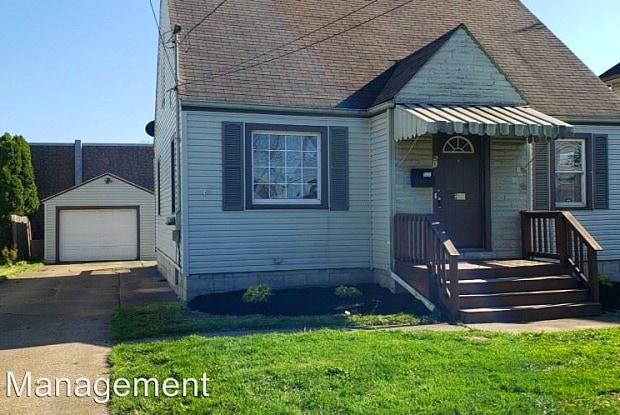 51 Morris Ave - 51 Morris Ave, Girard, OH 44420