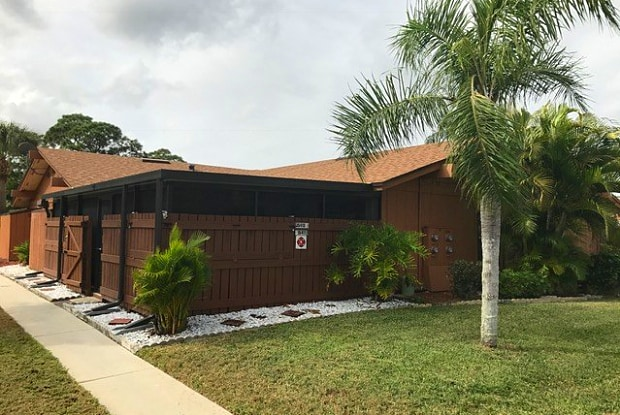 15411 Crystal Lake Dr - 15411 Crystal Lake Drive, North Fort Myers, FL 33917