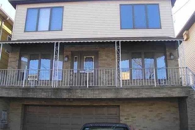 520 AVENUE A - 520 Avenue a, Bayonne, NJ 07002