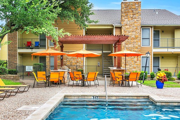 The Retreat at River Ranch - 4850 River Ranch Blvd, Fort Worth, TX 76132