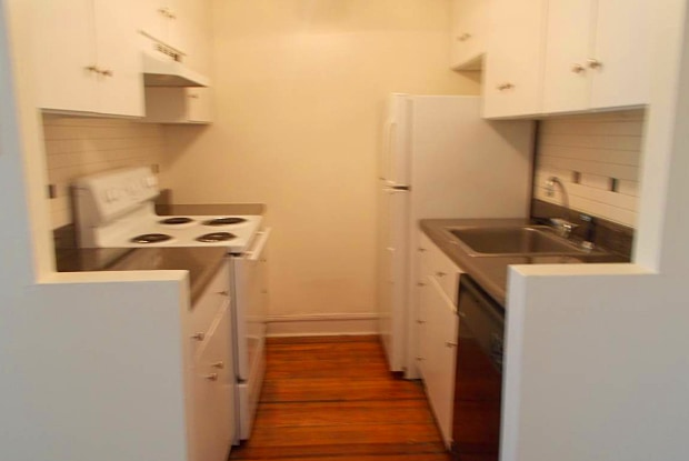 Lincoln Court Apartments - 6351 Overbrook Ave, Philadelphia, PA 19151