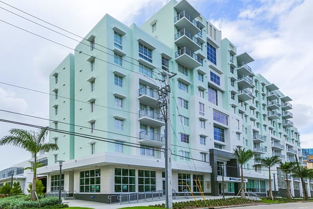 Pinnacle at Tarpon River - 805 Southeast 3rd Avenue, Fort Lauderdale, FL 33316