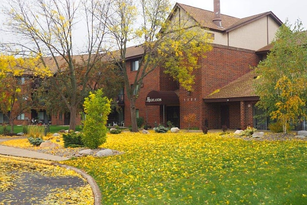 Highlands Apartments - 5200 W 98th St, Bloomington, MN 55437