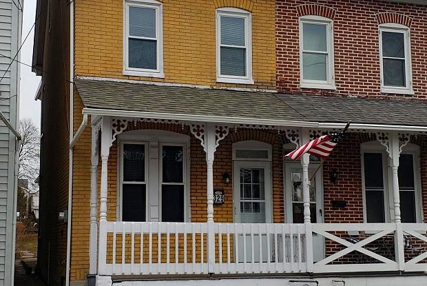 329 JEFFERSON STREET - 329 Jefferson Street, East Greenville, PA 18041